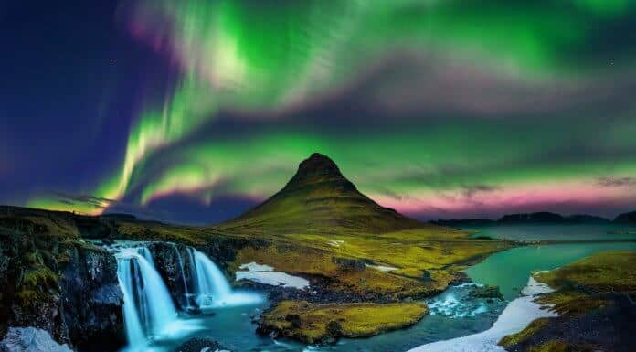 Iceland's Norhtern Lights in the fall at Kirkjufell on Snaefellsnes peninsula