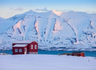 Iceland's February weather has a lot of snowfall
