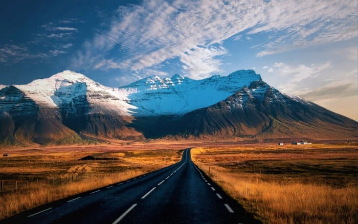 How long does it takes to drive around Iceland's Ring Road?