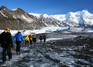 Hikers on Iceland's Skaftafell glacier in Vatnajökull National Park