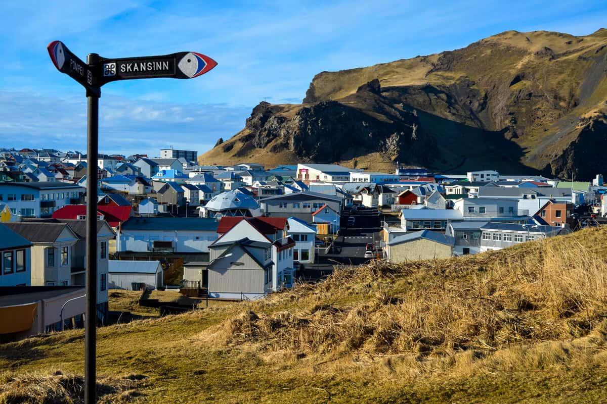 Elephant Rock Iceland hiking trails