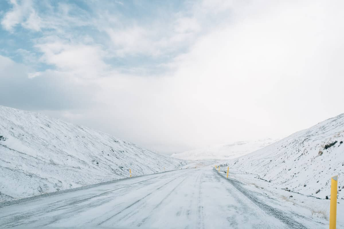 Snow tires in Iceland for winter road conditions