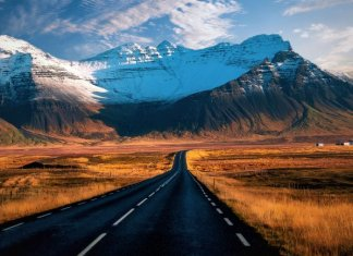 Dramatic landscape on Iceland's Ring Road