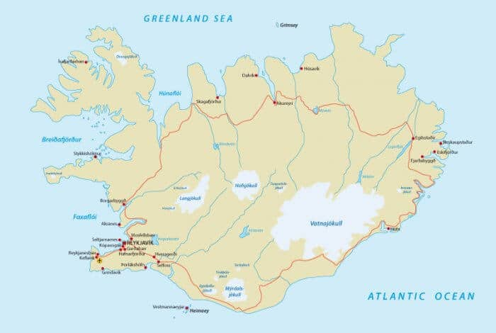 Map of Iceland with the main ring road route traced on it