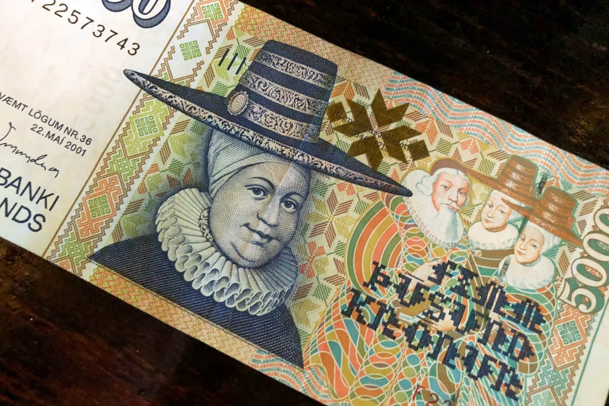 Icelandic currency 5000 króna bill